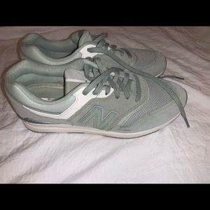 Mint green women's New Balance sneakers